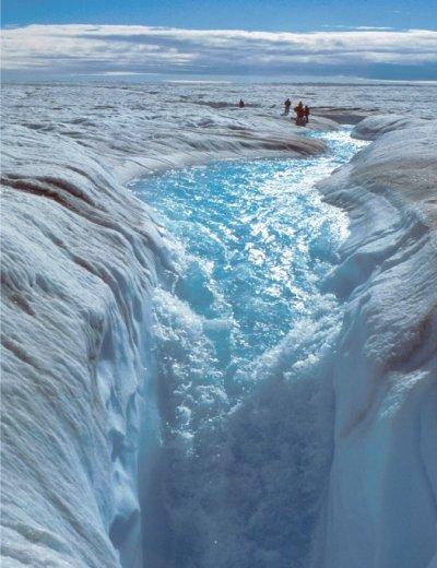Climat : Les glaciers du Groenland glissent plus vite vers la mer