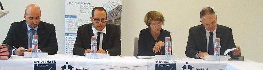 Signature convention UPJV / IUT Oise